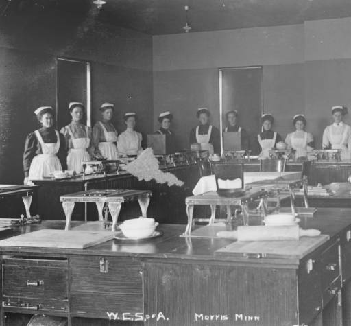 Cooking class in Home Economics building, West Central School of Agriculture, Morris, Minn. C. 1914. Photo courtesy of the UMM Digital Collections.